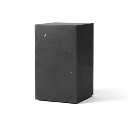 Table d'appoint Plinth haute Menu marbre noir