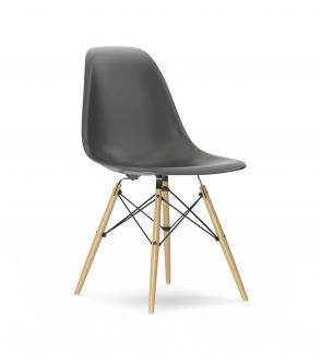 chaise visu tapiss e pieds bois muuto blou paris. Black Bedroom Furniture Sets. Home Design Ideas
