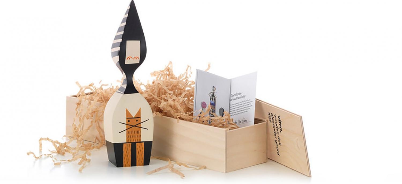 Poupée en bois / Wooden Doll No. 20